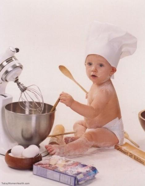 علمي طفلك الطبخ وفوائده
