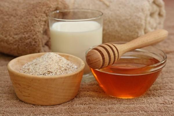 ملف الخاص بالبشرة - انواعها - مشاكلها - تغذيتها Oatmeal_Milk_And_Honey_3519694