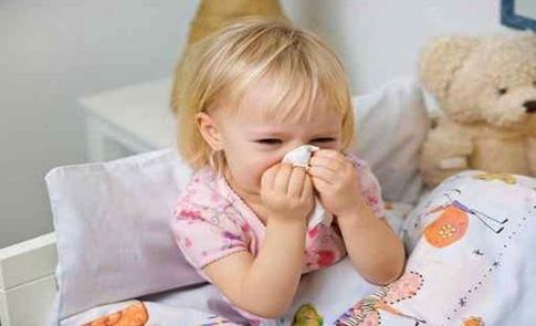 أعشاب لعلاج نزلات الإنفلونزا والبرد لدى الأطفال