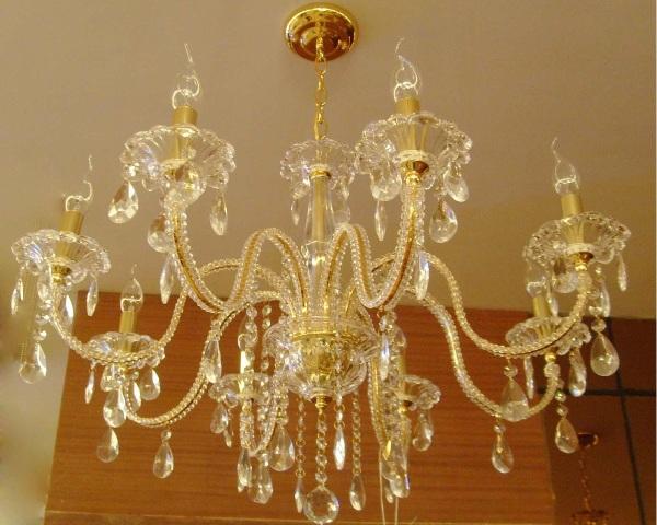 ~✿كيفية تلميع وتنظيف النجف الكريستال.✿~ lavish-chandeliers.j
