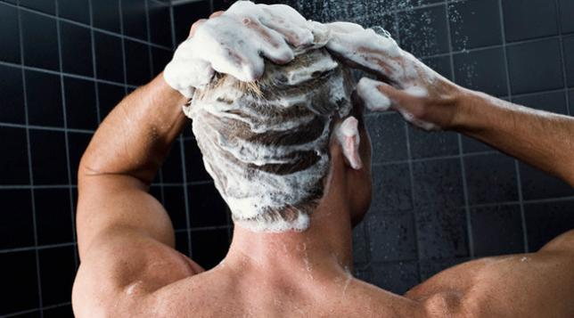 8 اسباب تجعل جل الاستحمام أفضل من الصابون العادى