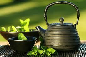 ما الفرق بين الشاى الاسود والشاى الاخضر ؟