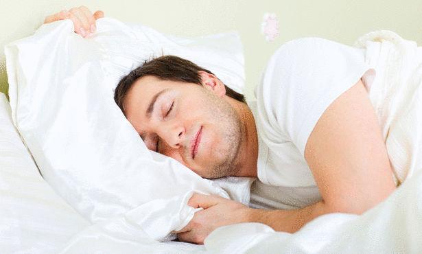 5 أطعمة تساعد على النوم العميق