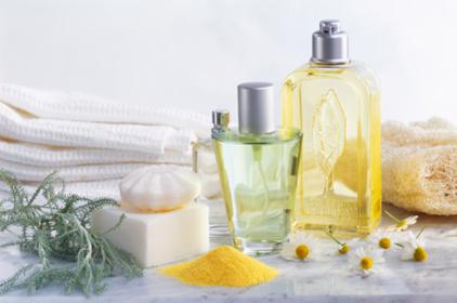 وصفات منزلية لعلاج تساقط الشعر