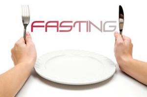 الصوم يوم في الاسبوع يساعد في خسارة الوزن